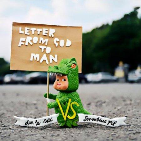 Dan-Le-Sac-Vs-Scroobius-Letter-From-God-T-439933